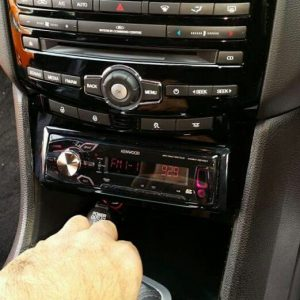 Aftermarket Single din radio fascia ford falcon fg1 fg2 fgx